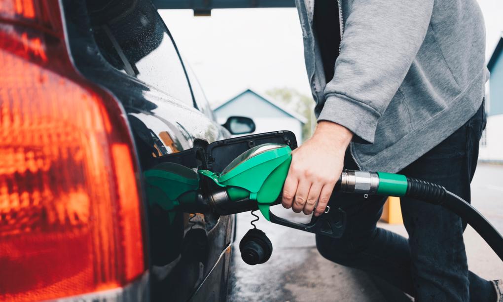 Neste och Volvo testar ny miljöbättre bensin i Sverige
