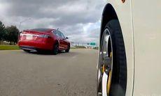 Tesla Model S P85D möter Ferrari 458 Italia – vilken bil är snabbast?