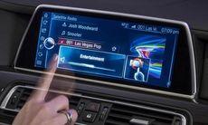BMW lanserar nytt iDrive-system med pekskärm och 3D-sensor