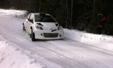 Första vintertest med Toyotas WRC-bil