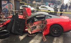 Ferrari 599 GTO förstörd av parkeringsvärd i Rom