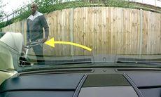 Skrapar upp lacken på Aston Martin – och vandalen åker dit!