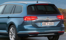 Nya bakslaget: Volkswagen tvingas återkalla Passat för elfel