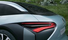 Citroën CXperience är en slank laddhybrid med fransk komfort