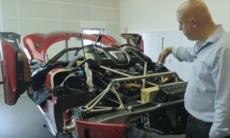 Så krocktestas en Koenigsegg som kostar 20 miljoner