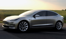 """Elon Musk: Tesla Model 3 ska visas upp igen om """"tre till fyra månader"""""""