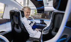 Mercedes ser inga problem med att inte vara först med elbilar