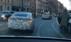 BMW 6-serie GT fångad av ams-läsare – mitt i stan