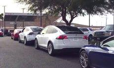 Teslas Supercharger räcker inte till – hur blir det då när Model 3 kommer?
