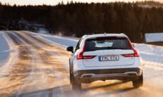 Volvo Cars firar 20 år med AWD – 850 var första modellen ut