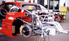 Så här ser det ut i en av världens läckraste superbilar – Ferrari F40