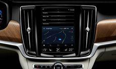Svenska bilägare förbannade på Google – Android Auto dröjer