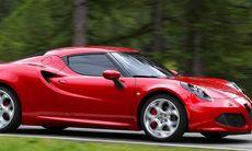 Alfa Romeo 4C utmanar Porsche Cayman på Ringen