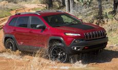 Jeep Cherokee redo att levereras – trots strul
