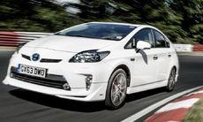 Toyota Prius tar sig runt Ringen – på 21 minuter