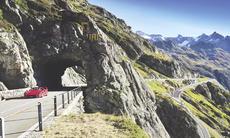 Film: Ferrari F40 genom Alperna