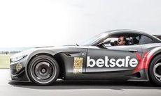 Kolla in Byggis BMW Z4 GT3 på Arlanda Bilfestival