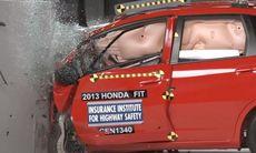 Elva småbilar misslyckas i IIHS nya krocktest
