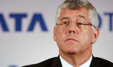 Tata Motors vd Karl Slym dog i fallolycka – självmord?