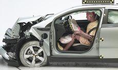 NHTSA ställer 107 tuffa frågor till GM – varför dog 13 personer?