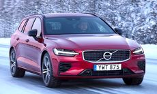 Volvo V60 är en av tre finalister till World Car of the Year 2019